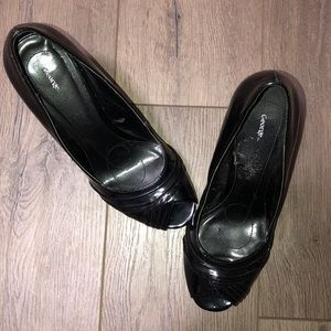 George - Black Patent Shoes - Size 7